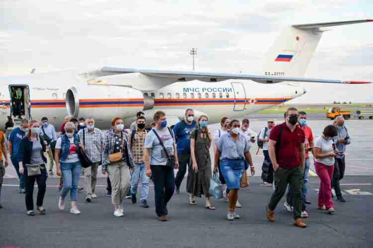 В Казахстан прибыли российские медики