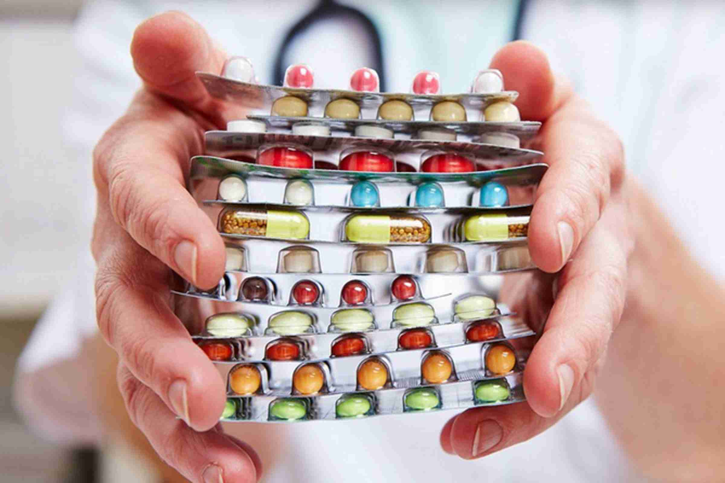 В Алматинской области противовирусные препараты раздадут бесплатно