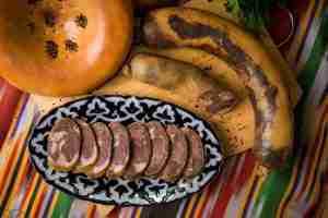 Самые известные блюда казахстанской кухни: от бешбармака досорпы