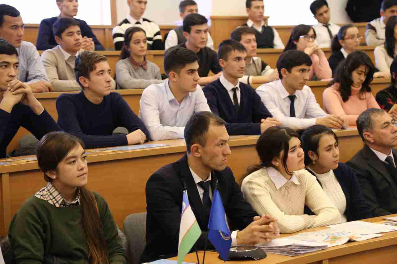 В Казахстане призвали не поднимать стоимость обучения в вузах