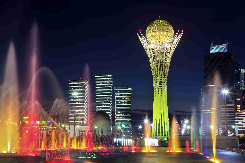 В столице Казахстана построят два моста