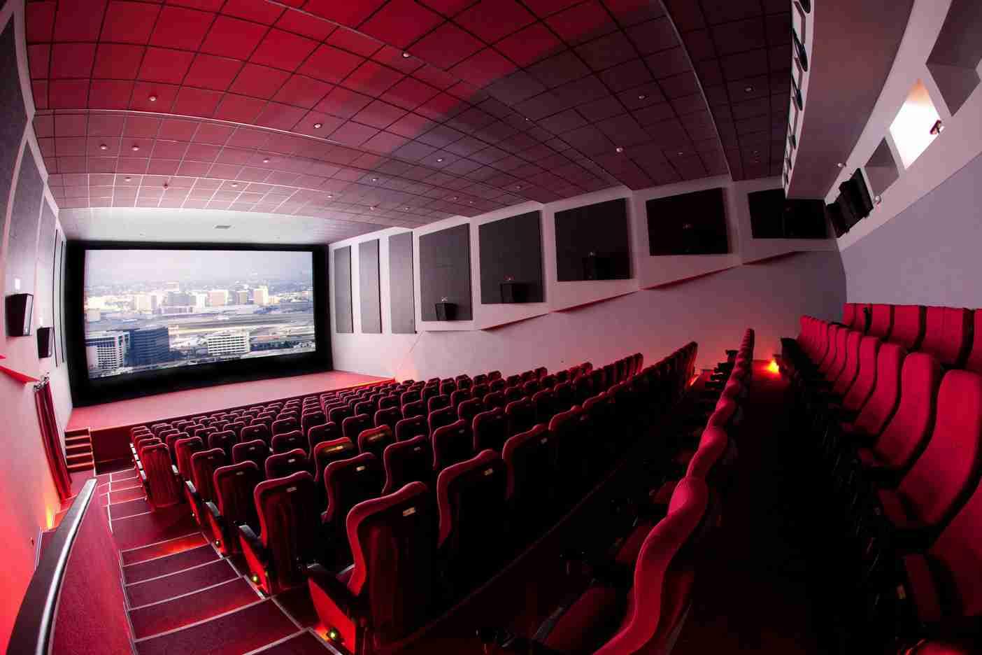 Когда в Казахстане откроют кинотеатры