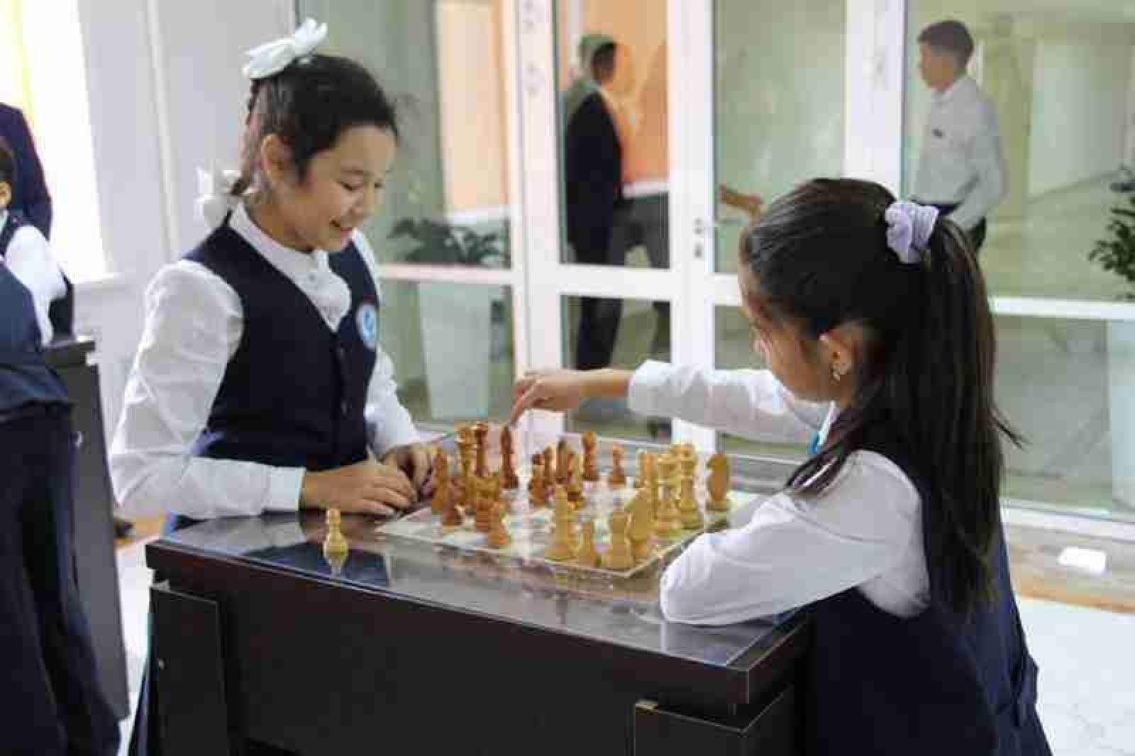 Пособие для школьников в Нур-Султане: сколько денег выделят детям