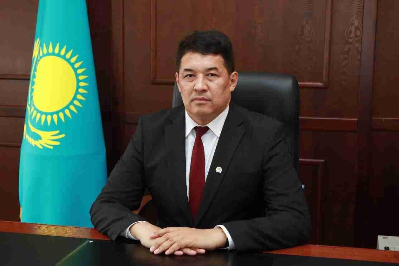 Аким Павлодара опубликовал свой номер телефона