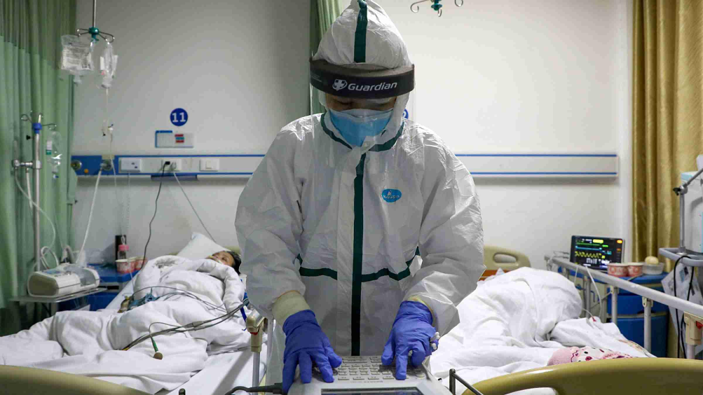 Медикам Алматы выплатили почти 9 млрд тенге