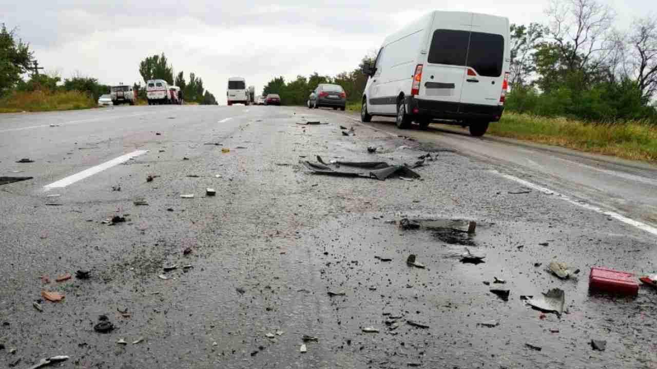 На трассе в Жамбылской области в ДТП погибли три казахстанских борца