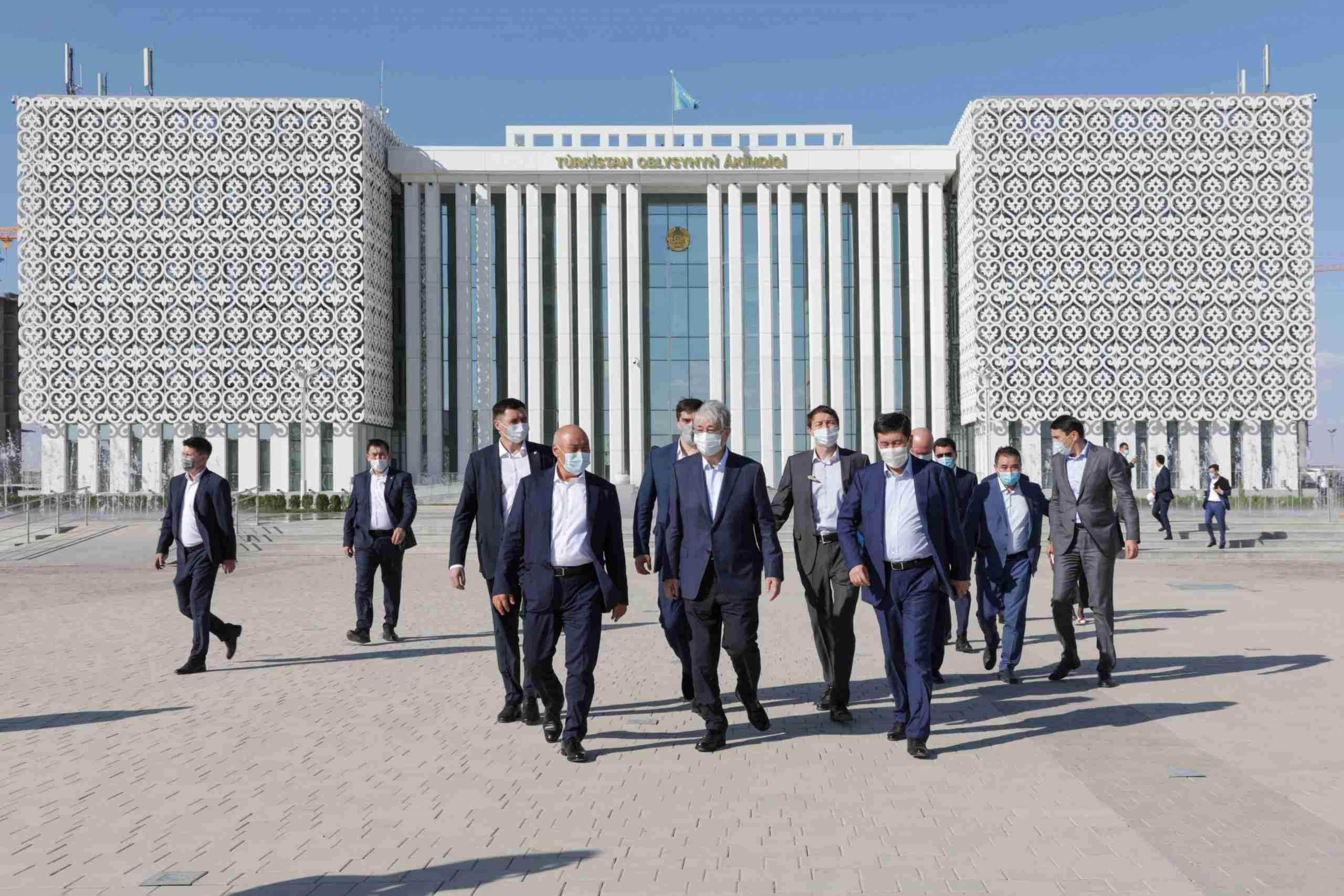 Токаев посетил Туркестан с официальным визитом