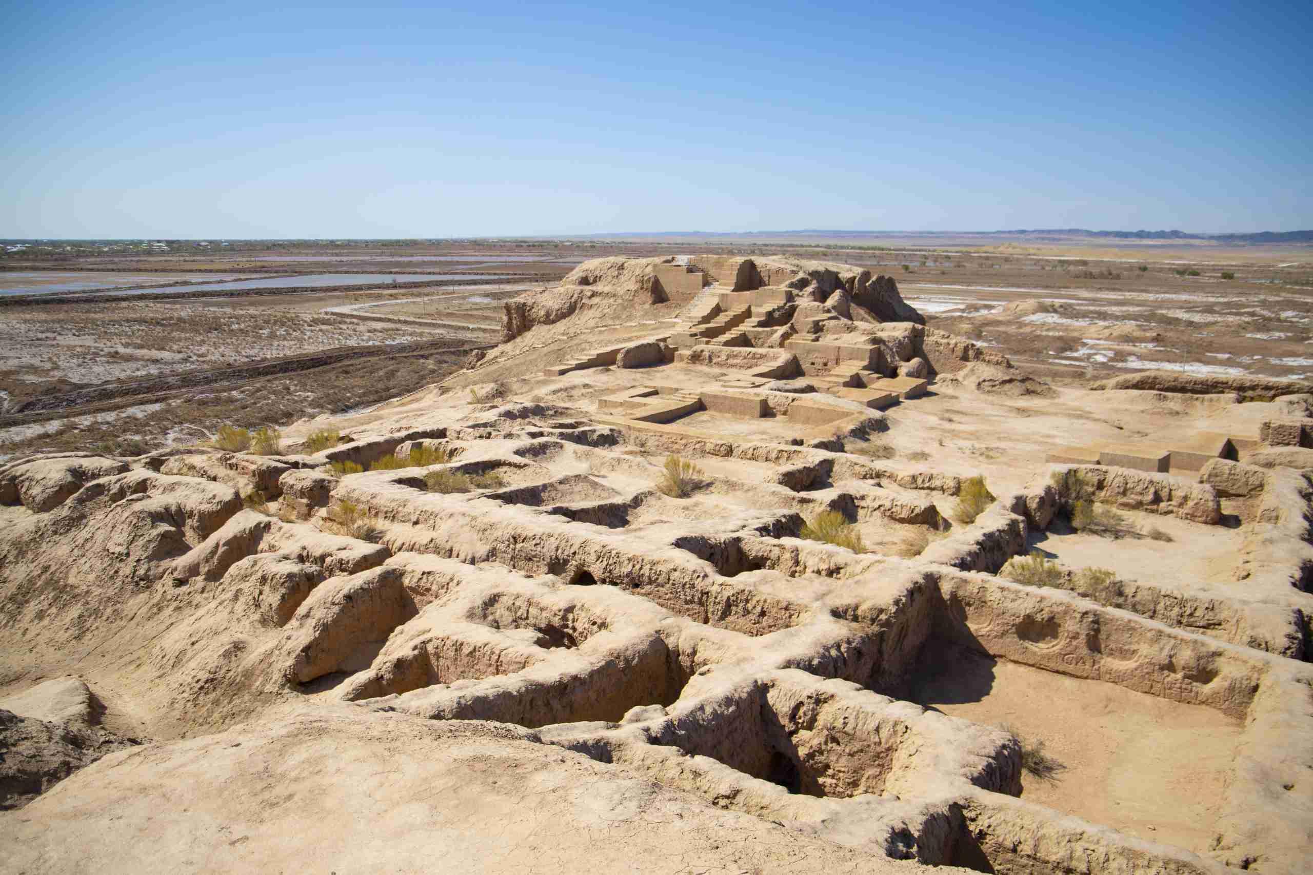 В Казахстане начались раскопки средневекового города