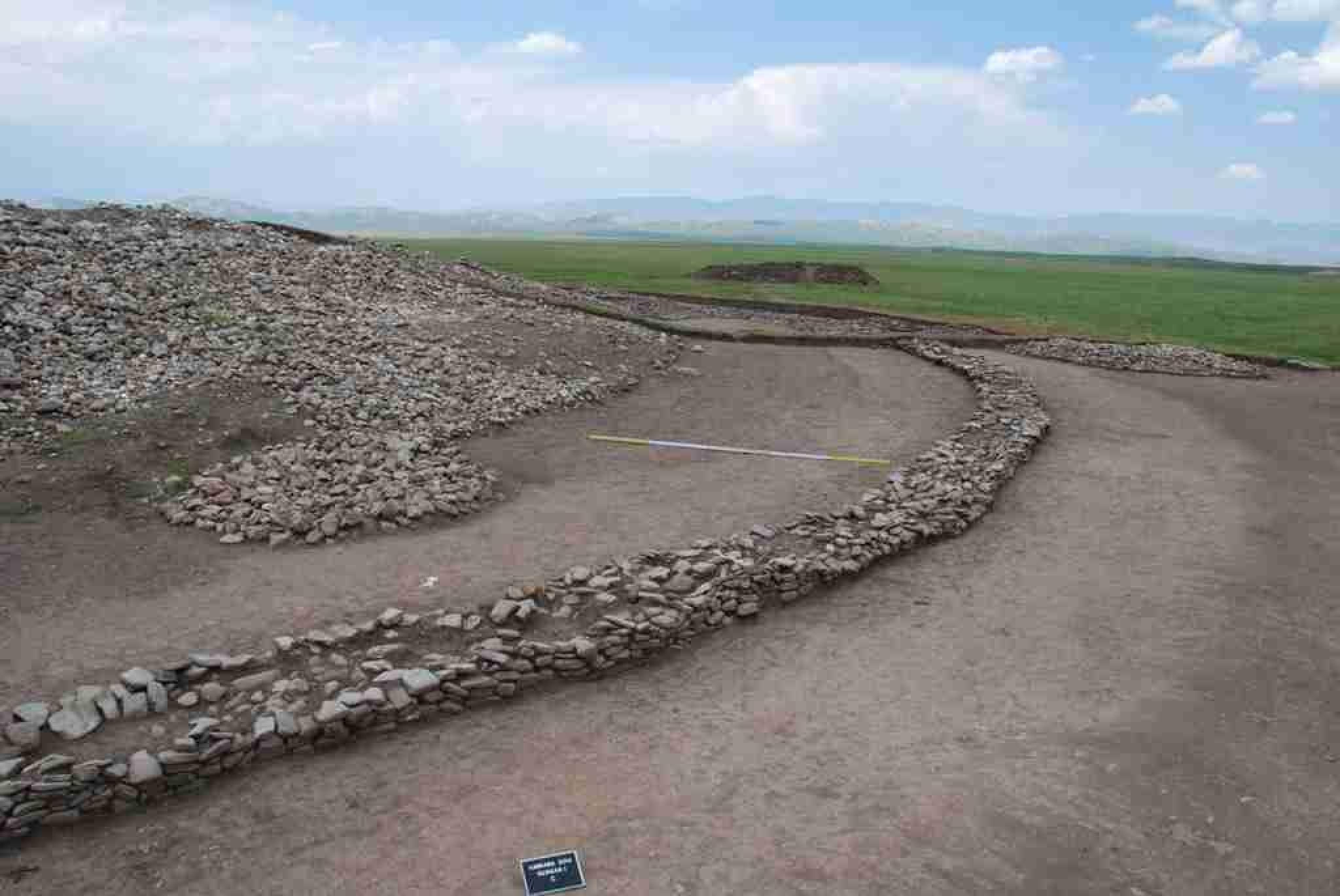 В Казахстане обнаружено 22 исторических памятника