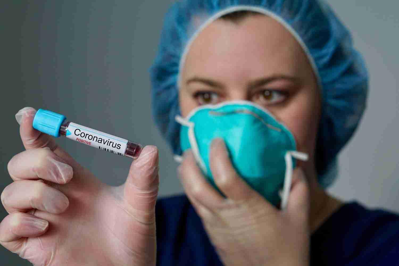 Вакцина от коронавируса в Казахстане: обновлены сроки производства