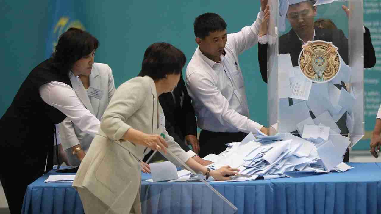 Выборы в Сенат Казахстана: детали голосования