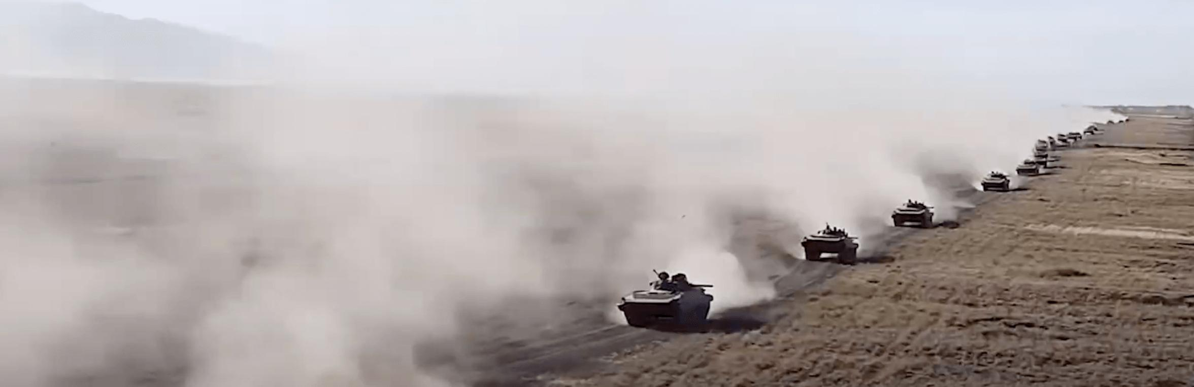 Масштабные военные учения прошли в Казахстане: видео