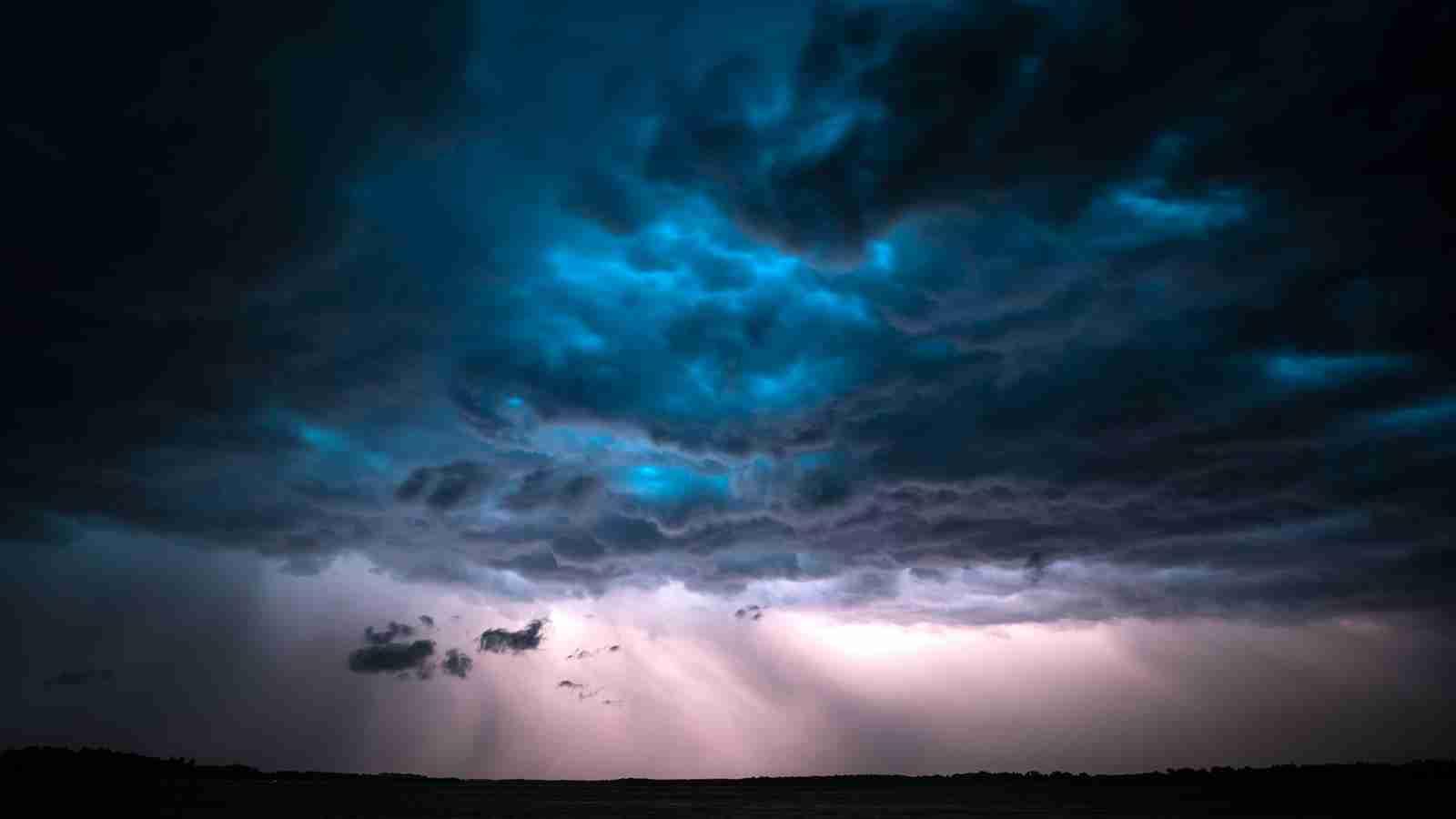 В Казахстане объявлено штормовое предупреждение