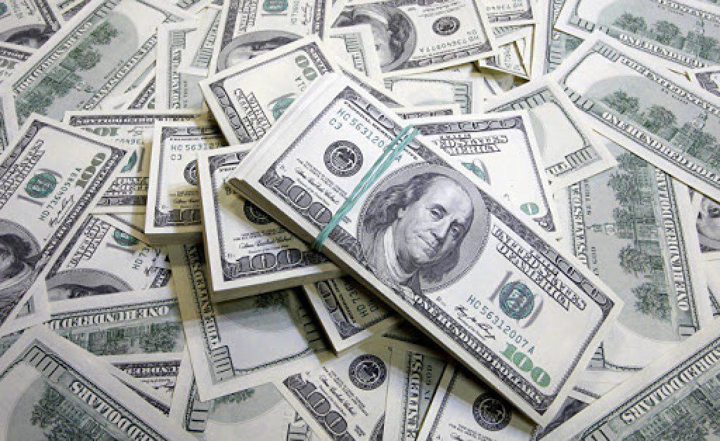Жители Казахстана накопили огромные долги за коммуналку