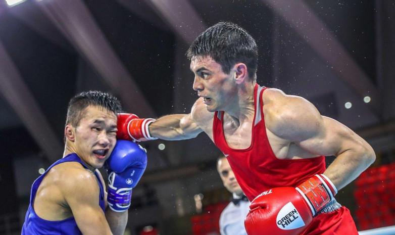 Очередная победа: боксер Закир Сафиуллин обыграл соперника с явным преимуществом