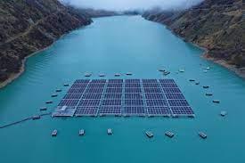 Швейцария построит солнечную электростанцию на высоте
