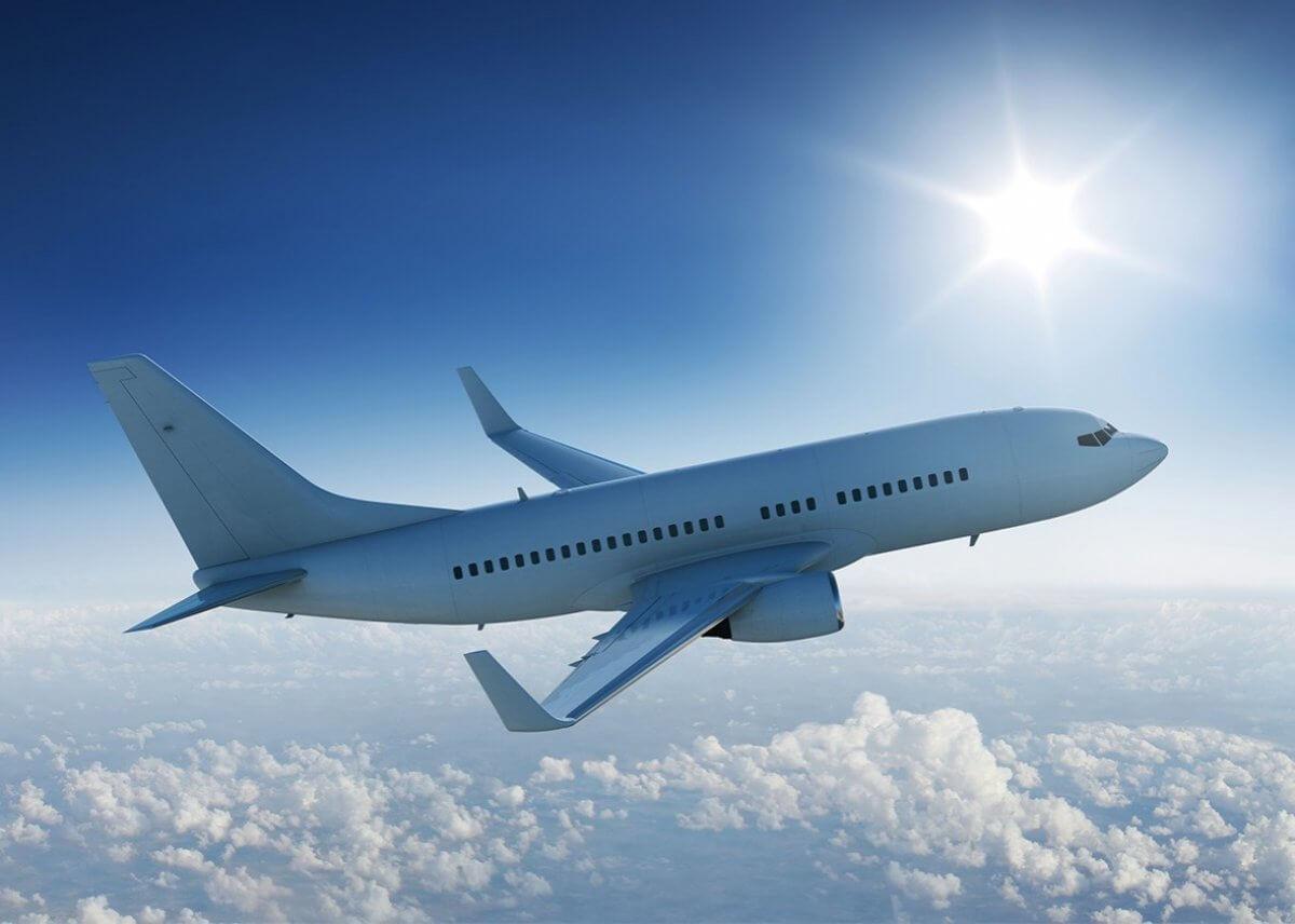 В аэропортах Алматы и Нурсултана ввели усиленный досмотр